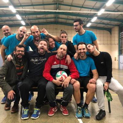 "Balance ta photo ""Grimaces"" Team Jean Monnet"